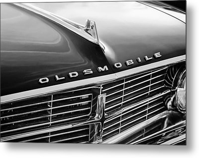 1962 Oldsmobile Starfire Hardtop Hood Ornament - Emblem Metal Print by Jill Reger