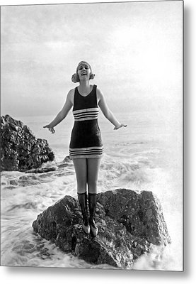 A Flapper In Her Bathing Suit Metal Print by Underwood Archives