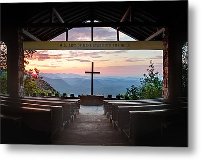 A Good Morning At Pretty Place Metal Print by Rob Travis