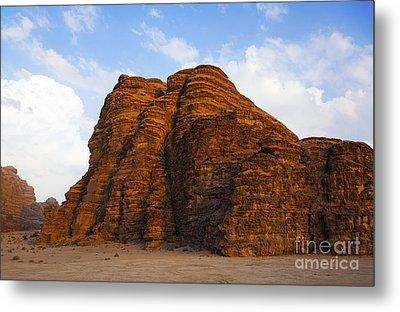 A Landscape Of Rocky Outcrops In The Desert Of Wadi Rum In Jordan Metal Print by Robert Preston