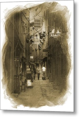Metal Print featuring the photograph Alley by Cecil Fuselier