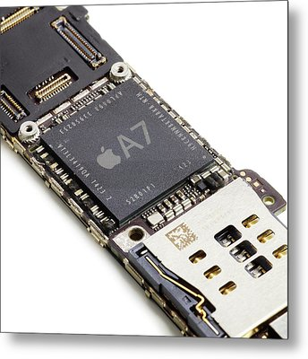 Apple A7 Microchip Metal Print