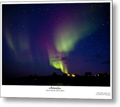 Aurora Australis Metal Print by David Barringhaus