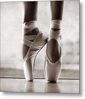 Ballet En Pointe Metal Print