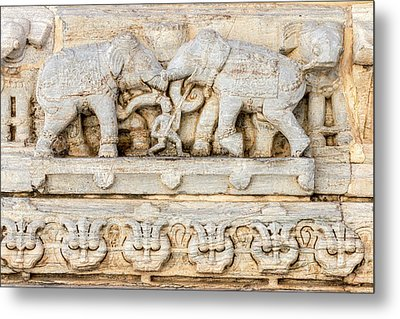 Bas Relief Jagdish Temple Udaipur Metal Print by Tom Norring
