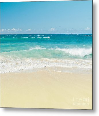 Beach Love Metal Print by Sharon Mau