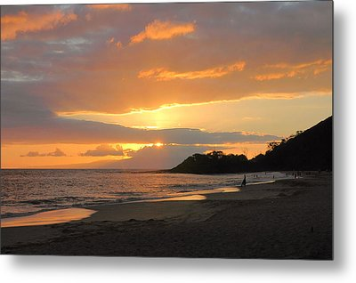 Big Beach At Sunset Metal Print by Stephen  Vecchiotti