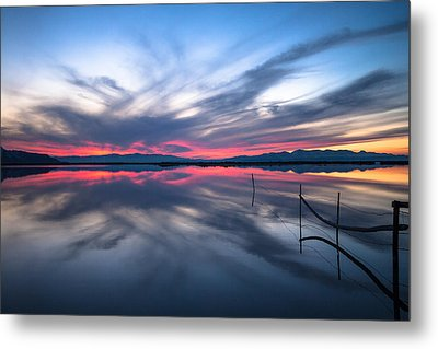 Brighter Horizons Metal Print by Darryl Wilkinson