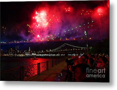 Brooklyn Bridge Fireworks Metal Print