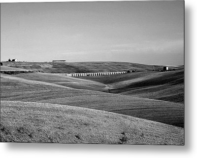 Tarquinia Landscape Campaign With Aqueduct And Houses Metal Print