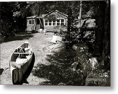 Metal Print featuring the photograph Canoe At The Lake by Paul Cammarata