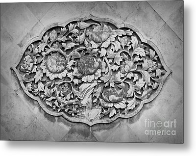 Carvings Metal Print by Shawna Gibson