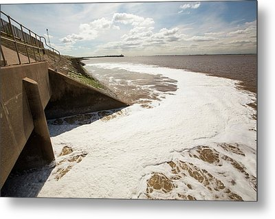 Contaminated Water Entering The Humber Metal Print by Ashley Cooper