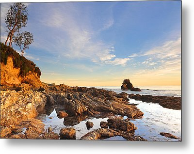 Corona Del Mar Beach Metal Print by Dung Ma