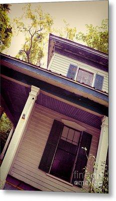 Creepy Old House Metal Print by Jill Battaglia