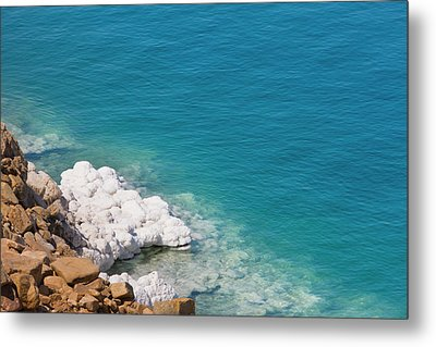 Deposit Of Salt And Gypsum By The Cliff Metal Print by Keren Su