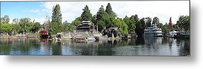 Disneyland Park Anaheim - 12121 Metal Print by DC Photographer