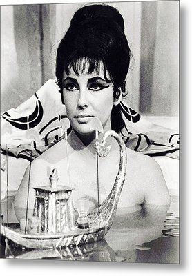 Elizabeth Taylor In Cleopatra  Metal Print by Silver Screen