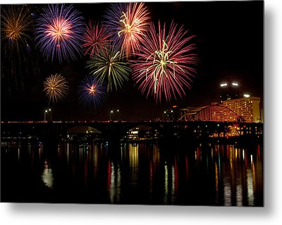 Fireworks Over The Broadway Bridge Metal Print by Robert Camp