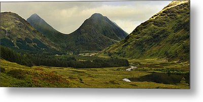 Metal Print featuring the photograph Glen Etive Highlands Of Scotland by Jane McIlroy