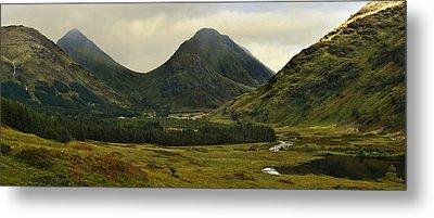 Glen Etive Highlands Of Scotland Metal Print by Jane McIlroy