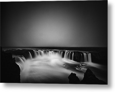 Metal Print featuring the photograph Godafoss by Frodi Brinks