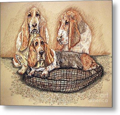 Hess'er Puppies Metal Print by Linda Simon