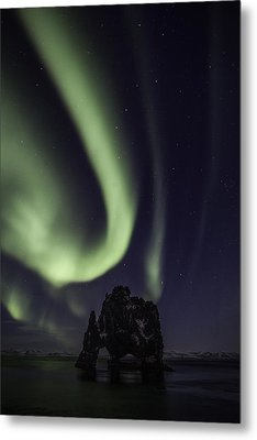 Metal Print featuring the photograph Hvitserkur by Frodi Brinks
