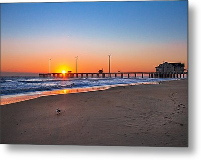 Jennettes Pier Metal Print by Mary Almond