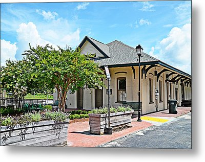 Kingstree Depot Metal Print by Linda Brown