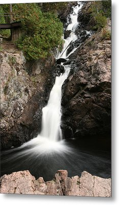 Kinsmen Park Waterfall Metal Print by Paula Brown