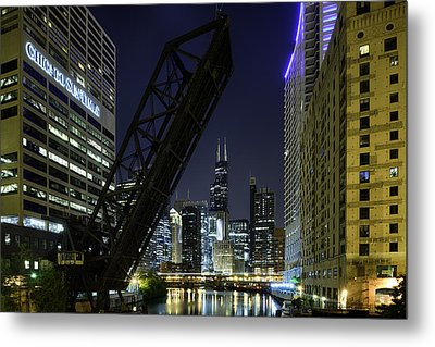 Kinzie Street Railroad Bridge At Night Metal Print by Sebastian Musial