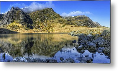 Lake Idwal Metal Print by Ian Mitchell