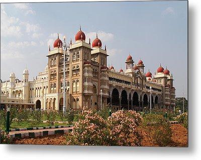 Maharaja's Palace And Garden India Mysore Metal Print by Carol Ailles
