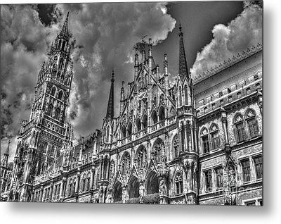 Metal Print featuring the photograph Marienplatz In Munich by Joe  Ng