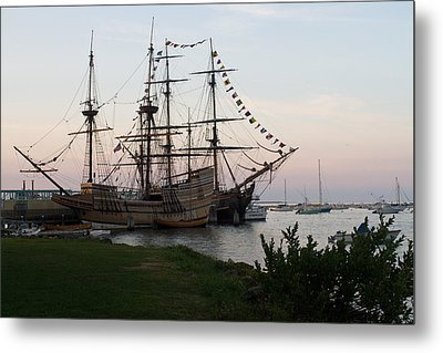 Metal Print featuring the photograph Mayflower II by John Hoey