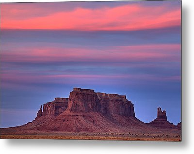 Metal Print featuring the photograph Monument Valley Sunset by Alan Vance Ley