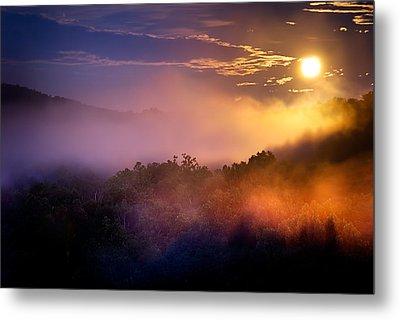 Moon Setting In Mist Metal Print by Robert Charity