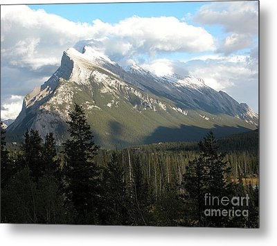 Mount Rundle Metal Print by Stuart Turnbull