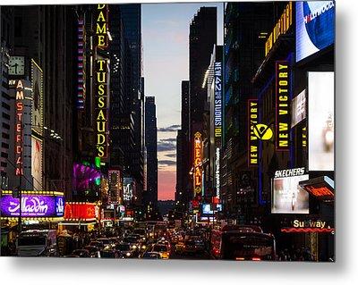 New York City At Night Metal Print by Alexander Mendoza