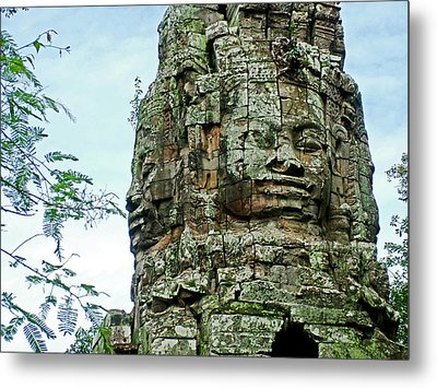 North Gate Of Angkor Thom In Angkor Wat Archeological Park-cambodia Metal Print by Ruth Hager