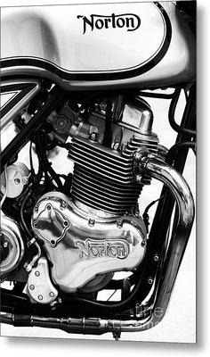 Norton Commando 961 Sport Monochrome Metal Print by Tim Gainey