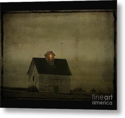 Old Barn Metal Print by Jim Wright