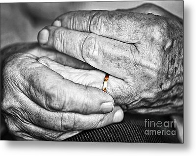 Old Hands With Wedding Band Metal Print by Elena Elisseeva