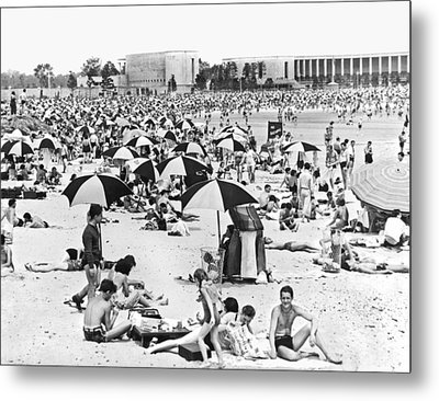 Orchard Beach In The Bronx Metal Print by Underwood Archives