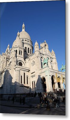 Outside The Basilica Of The Sacred Heart Of Paris - Sacre Coeur - Paris France - 01134 Metal Print by DC Photographer