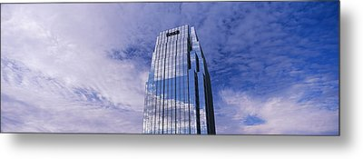 Pinnacle At Symphony Place Building Metal Print by Panoramic Images