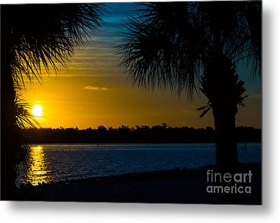 Port Charlotte Beach Sunset In January Metal Print by Anne Kitzman