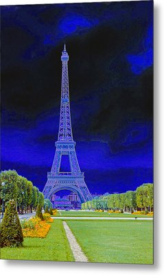 Purple Eiffel Metal Print