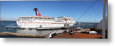 Queen Mary - 12127 Metal Print